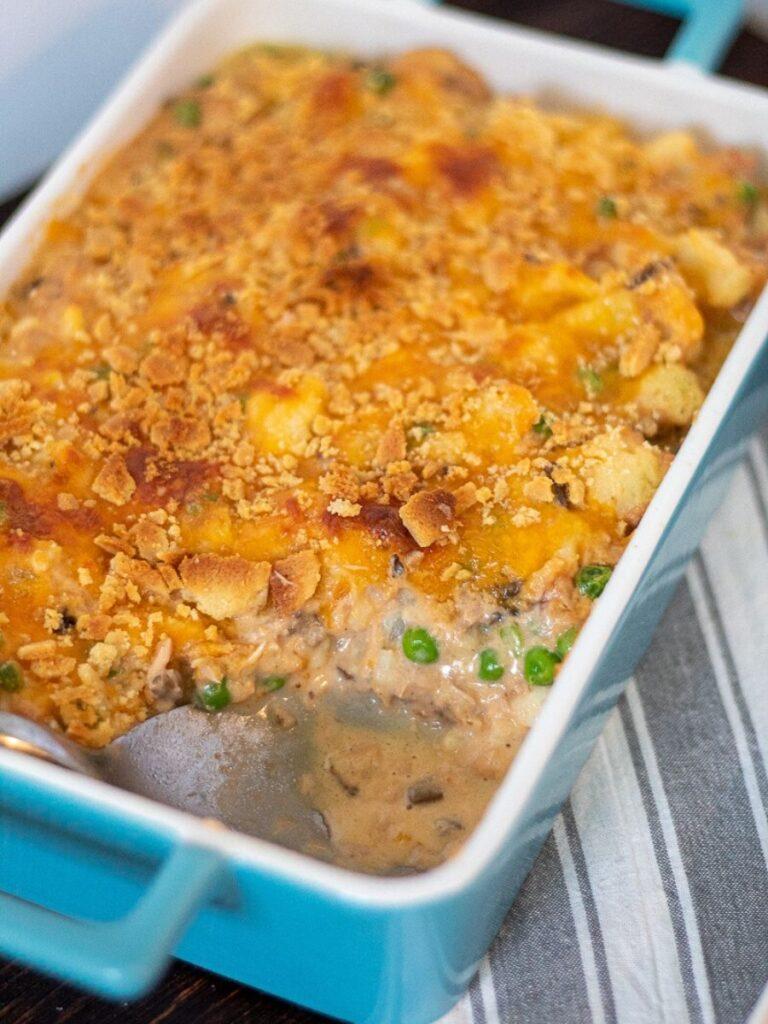 Tuna casserole with cauliflower in a blue baking dish